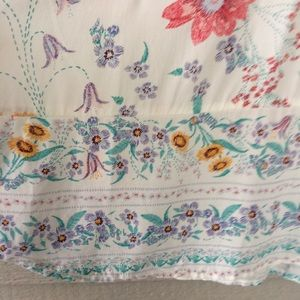 Old Navy PlusSize floral peasant top. XXL